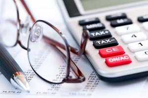 glasses-pen-calculator